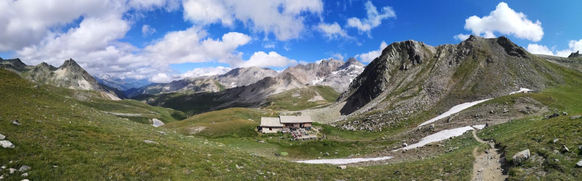 Le refuge du Mont Thabor et son panorama