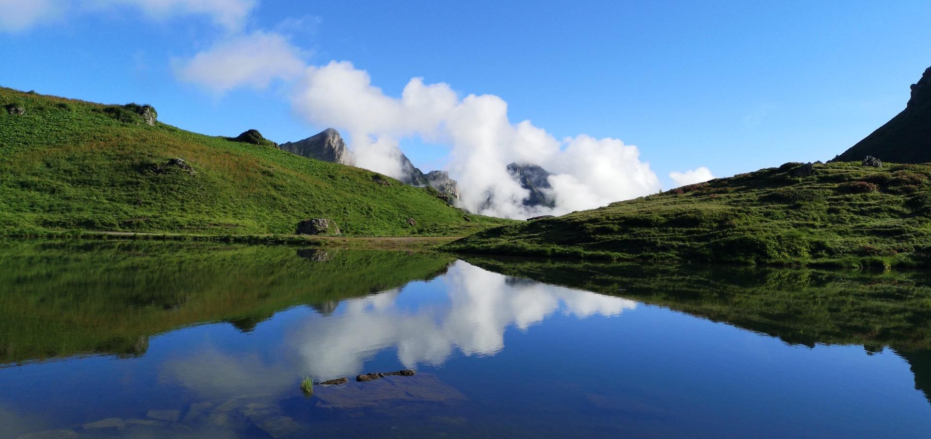 Magnifiques reflets au Lac Vert